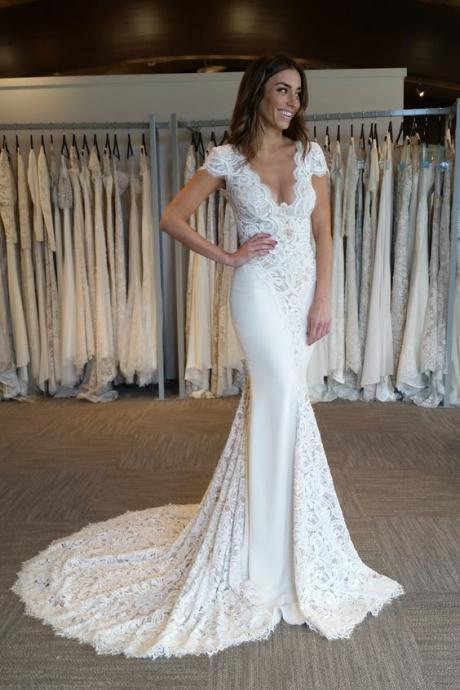 Elegant Cap Sleeve Mermaid V-Neck Lace Applique Wedding Dresses 2018,W1900